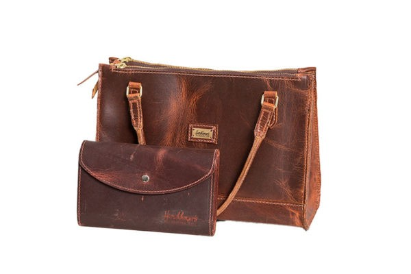 deluxe leather purse and wallet